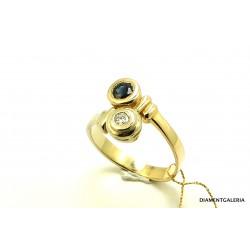 Pierścionek  złoty z szafirem i brylantem