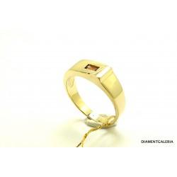Pierścionek złoty ze szmaragdem i brylantami